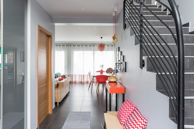 Entrée d\'une maison, colorée & graphique - touche asiatique ...