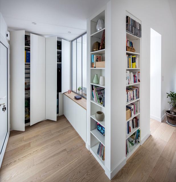 etag re multi fonctions pour s paration d 39 espace. Black Bedroom Furniture Sets. Home Design Ideas