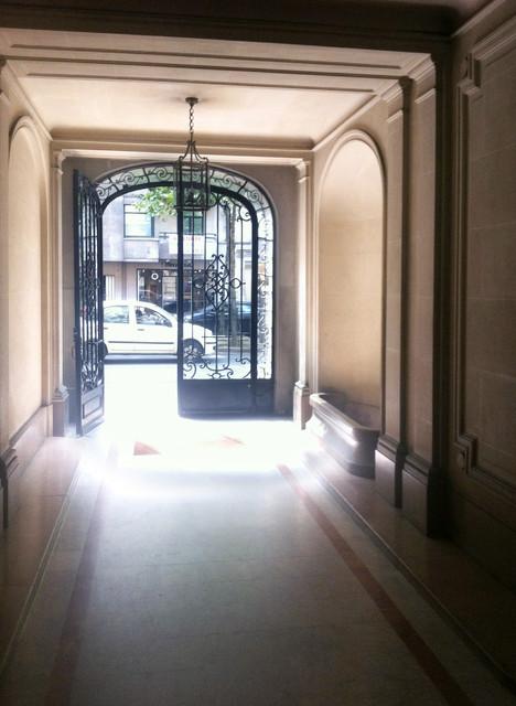Immeuble haussmannien classique entr e paris par for Fenetre haussmannienne
