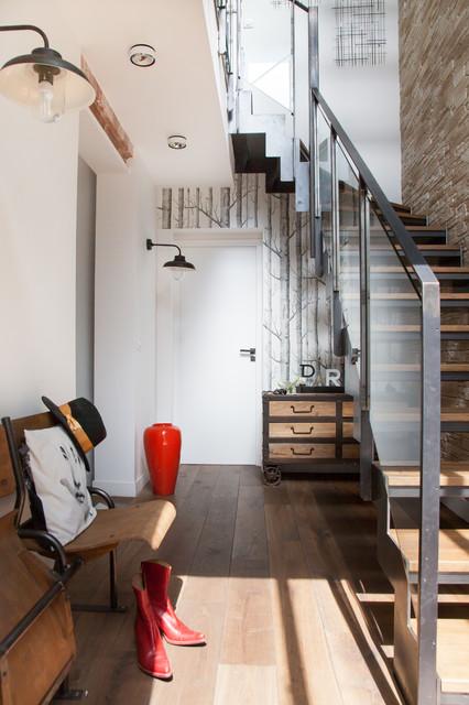 sur l vation de maison avec toit terrasse contemporain entr e paris par myhomedesign. Black Bedroom Furniture Sets. Home Design Ideas