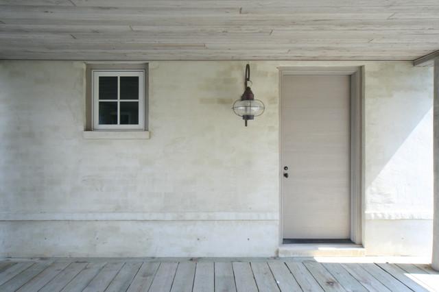 (02) Bayside Retreat contemporary-entry