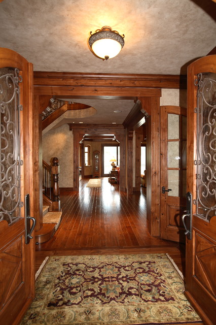 1024 Northshore Road traditional-entry