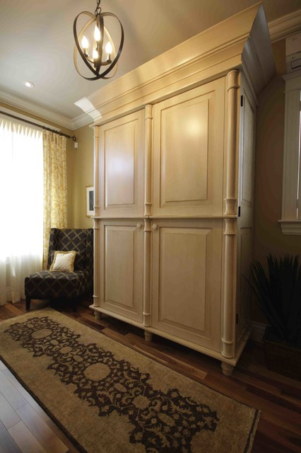 20 foot wide Home in Halifax transitional-entry