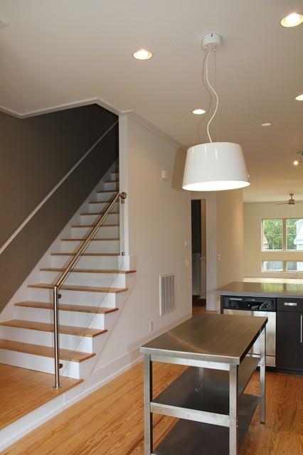 409 brunswick modern-entry