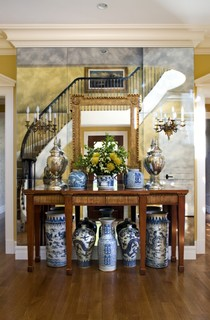 Foyer ideas for displaying antique treasures and blue and white urns