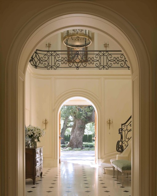 A French Country House traditional-entry