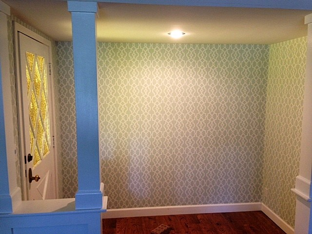 Accent Wall traditional-entry