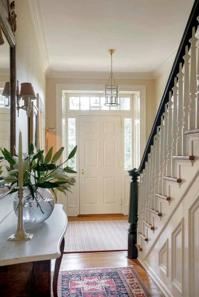 Entryway - transitional entryway idea in Philadelphia