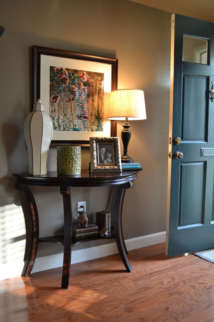 Alexandria Townhouse traditional-entry