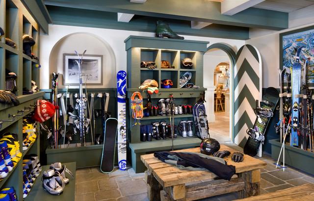 ideas for home gym in garage - Alpine Ski Chalet Norden California Rustic Entry