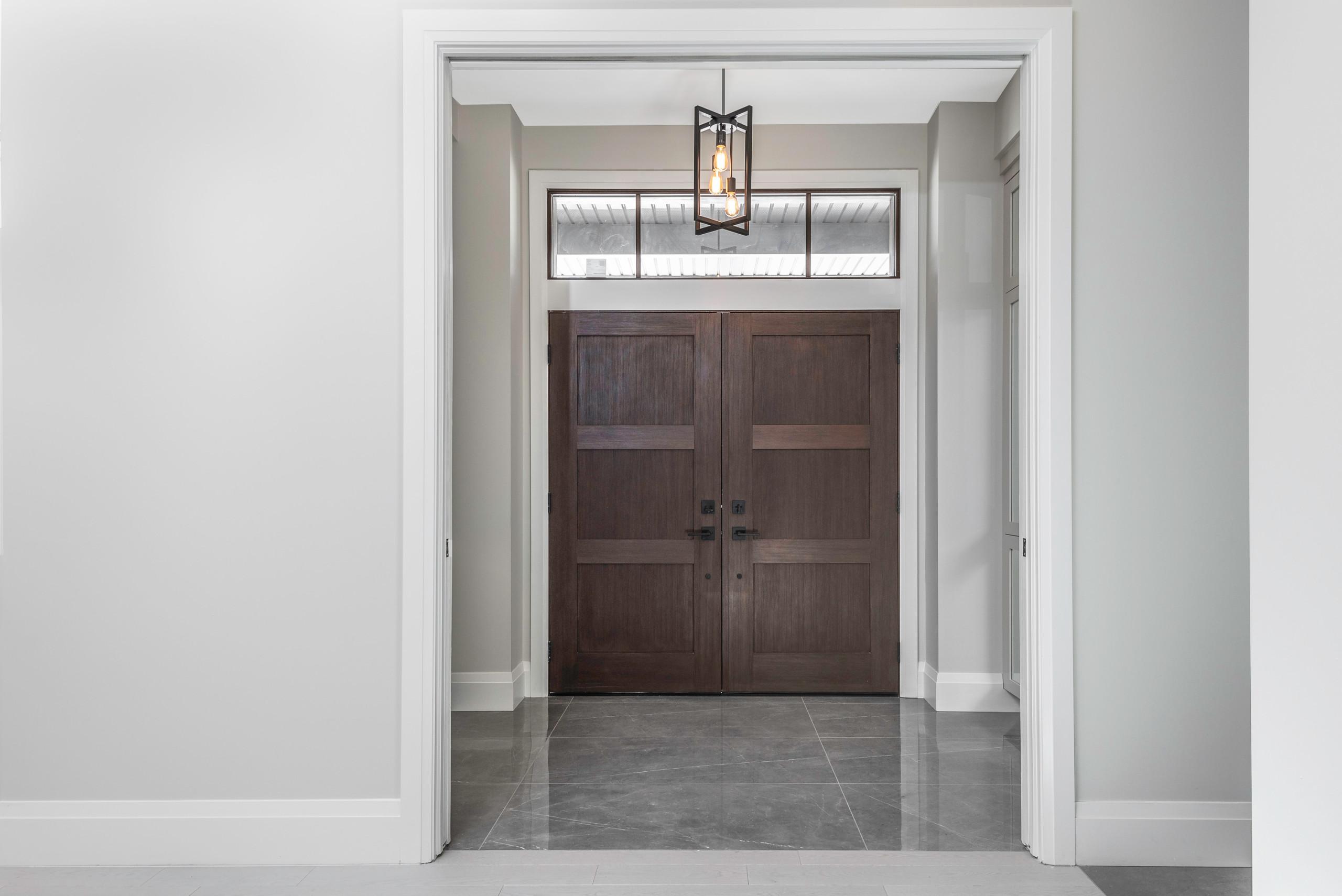 Alta Vista - Front Foyer
