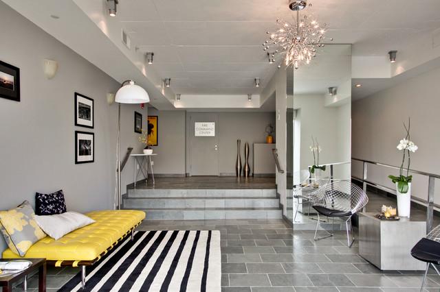 American Lofts modern-entry