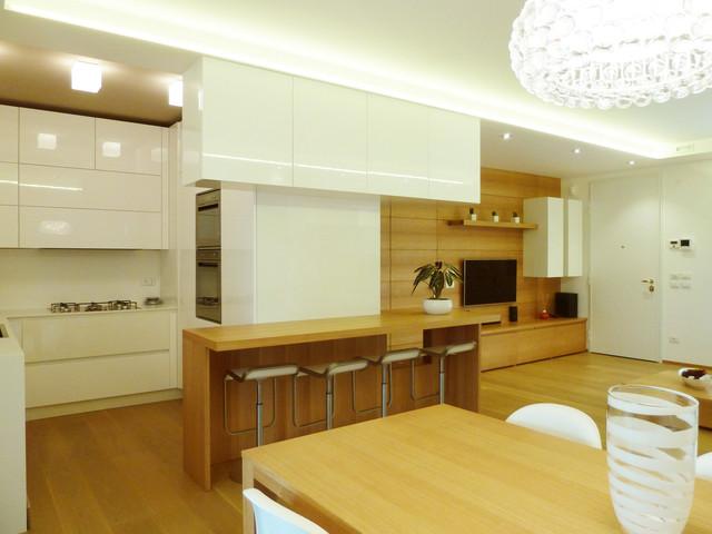 Apartment renovation modern-entry