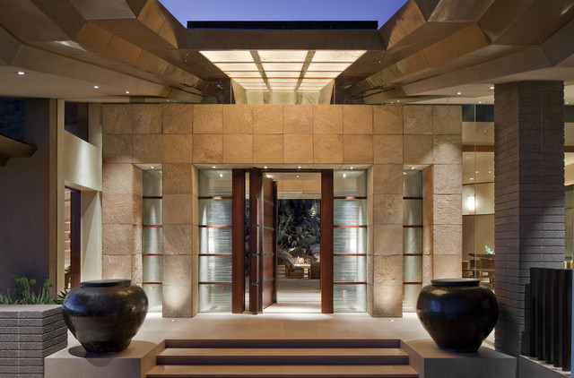 contemporary entry by Swaback Partners, pllc