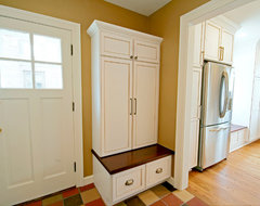 Ardmore Kitchen traditional entry
