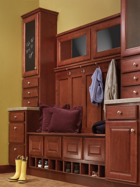 Aristokraft Cabinetry traditional-entry