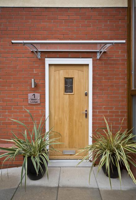 Bath Lodge, Worcester, England contemporary-entry