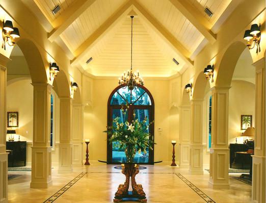 Bermuda Elegance traditional-entry