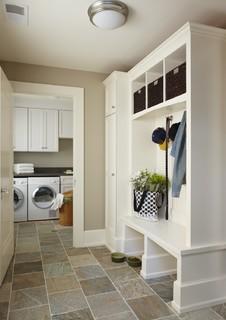 Birmingham mud/laundry room, MI - Traditional - Entry - Detroit