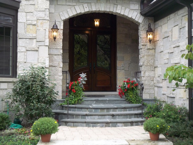 Blackthorn Home traditional-entry