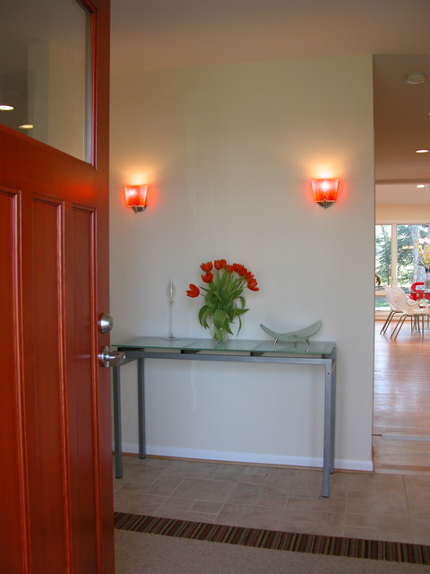 Bright & Lively Kitchen transitional-entry
