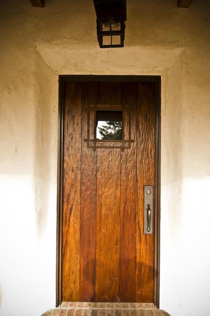Buffalo Valley - Caretaker's House mediterranean-entry