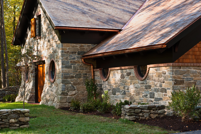 Carriage House Barn Traditional Shed New York By