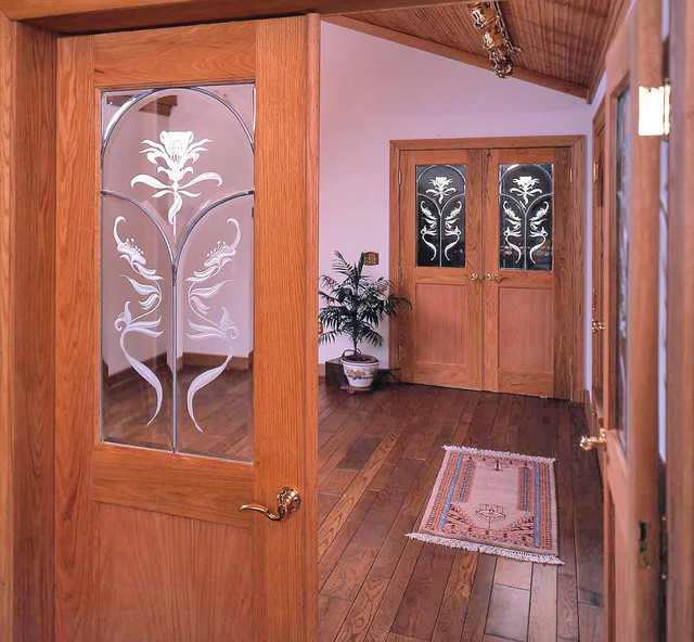 Carved & Leaded Door Light traditional-entry