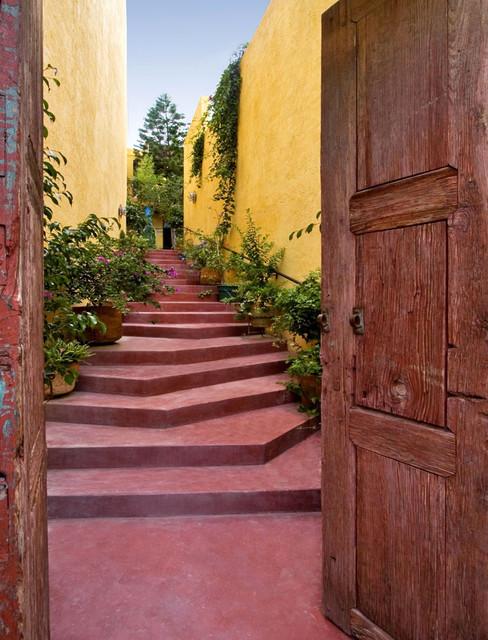 Casa de Cocinas southwestern-entry