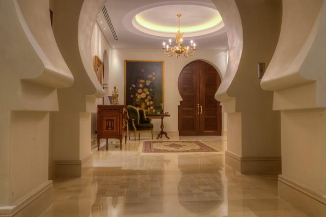 Casa Loai traditional-entry