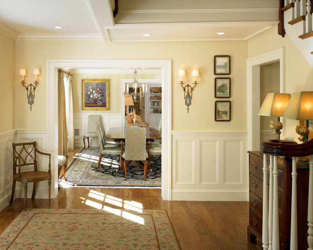 Charles River Country House traditional-entry