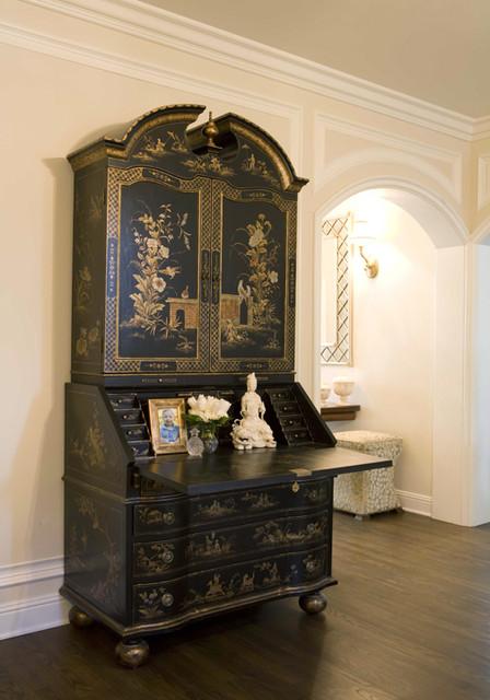 Charmean Neithart Interiors, LLC. traditional-entry