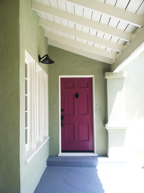 Cherrywood Avenue traditional-entry