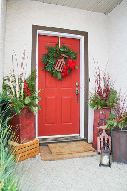 Christmas Decor traditional-entry
