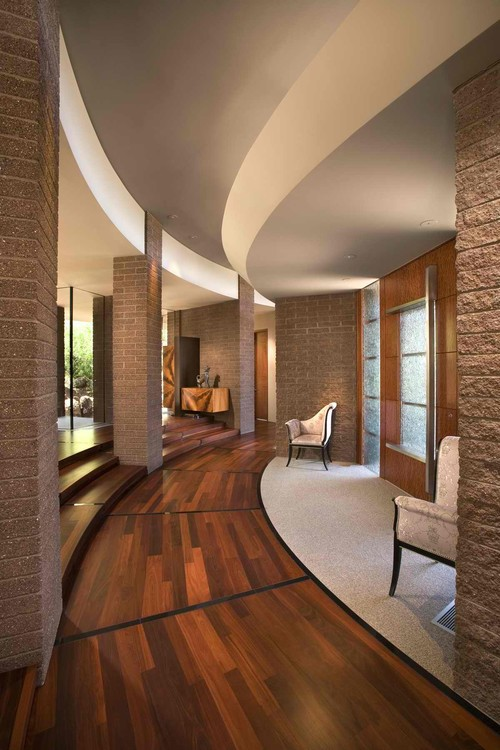 Circular Form contemporary entry