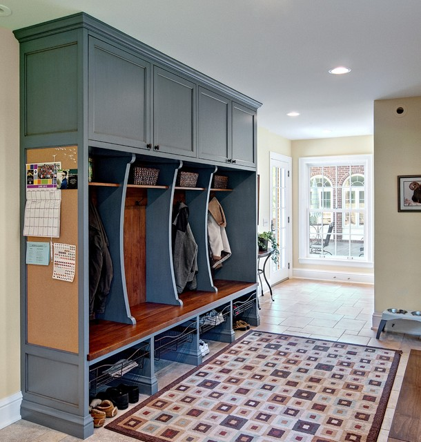 Http Www Houzz Com Photos 1736506 Classic Mudroom Cubbies Traditional Entry Other Metro