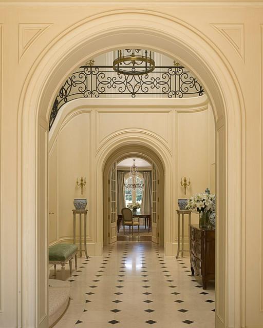 Entryway - traditional entryway idea in San Francisco