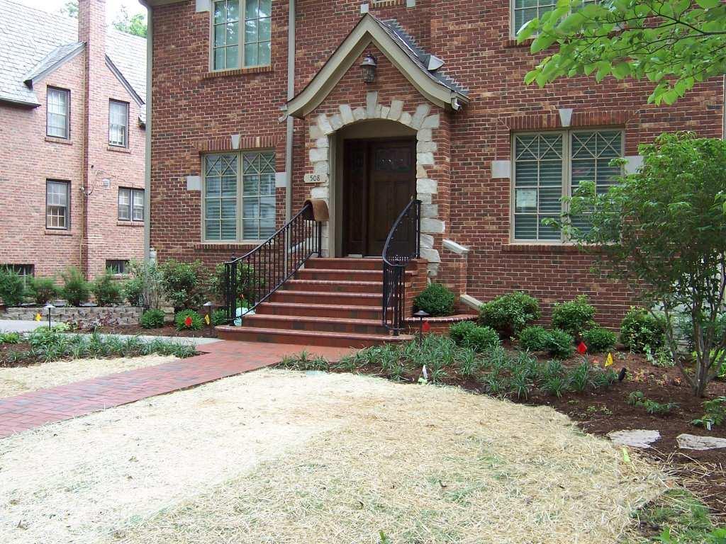 Clayton, Missouri brick masonry steps, planter walls
