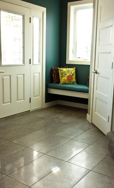 Colbray Blackfalds transitional-bathroom