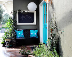 Colorful Cottage eclectic-entry