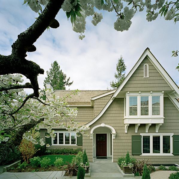 Conard Romano Architects traditional-entry