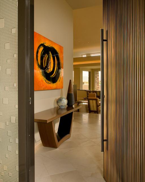 Pivoting door entry contemporary-entry