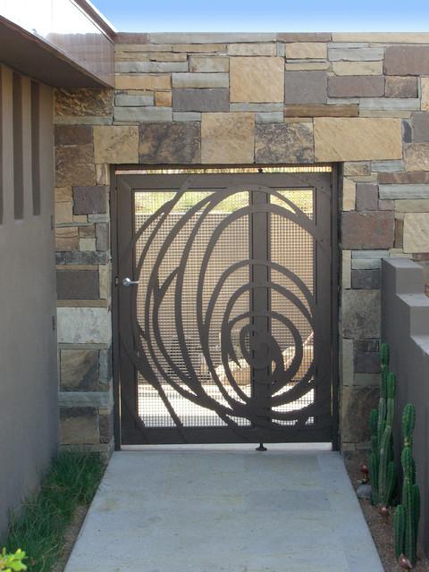 Fabulous Contemporary Entry by Zeterre Landscape Architecture