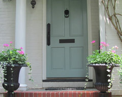 Cottage and Vine traditional-entry