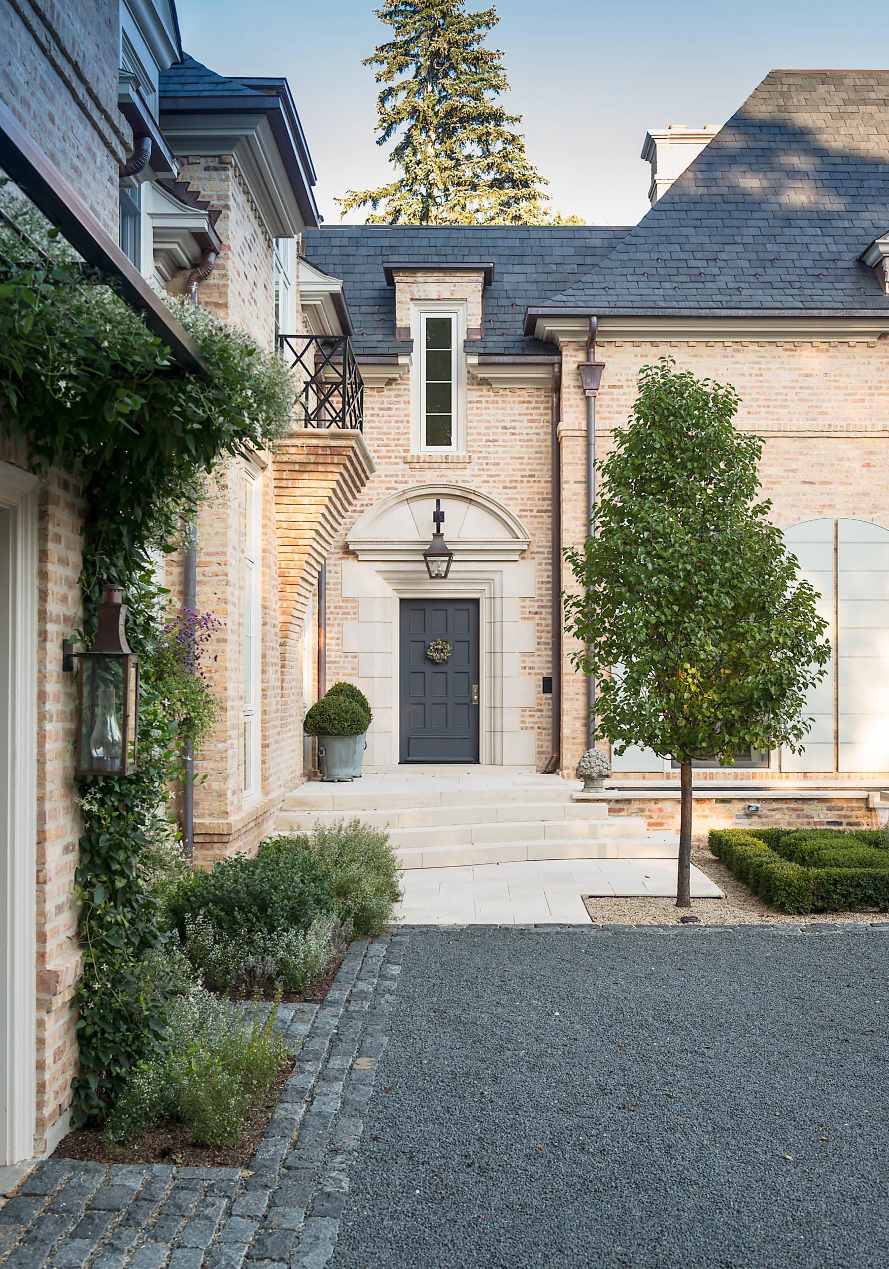 Courtyard Estate