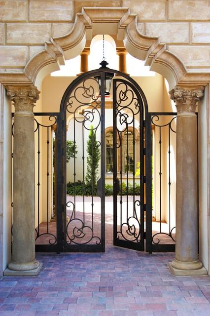 Courtyard Gates Mediterranean Austin By Cantera Doors