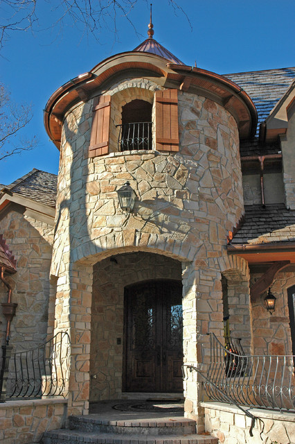 Custom Architecture traditional-entry