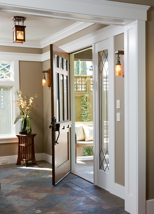 Foyer Door Decor : Lighting ideas for the foyer lamps