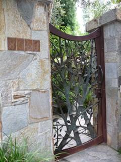 Custom Iron Tree Entry Gate