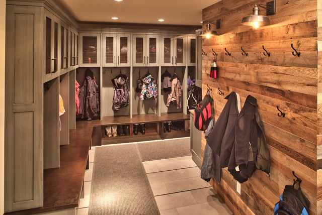 Custom Mountain Modern Locker Room